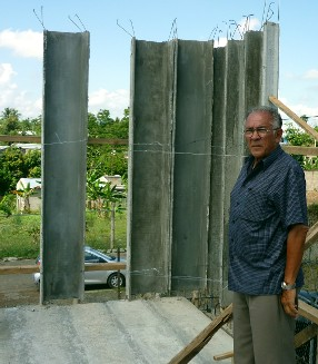 Arch. Pedro Galiano in the second floor of a ferrocement panels' house in Rep. Dominicana
